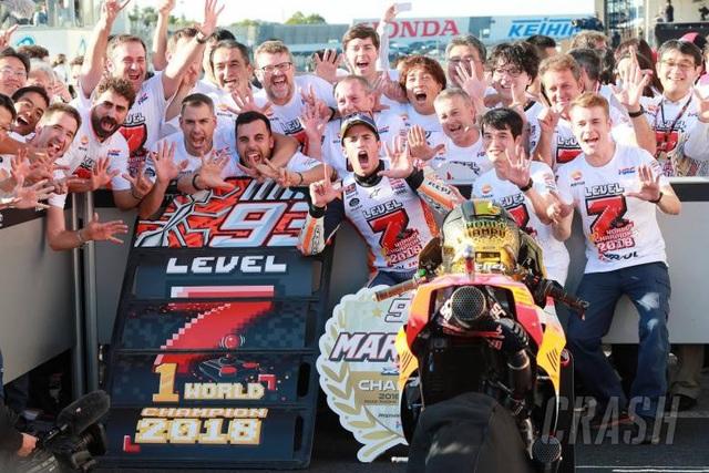 Chiến thắng tại Motegi, Marquez đăng quang ngôi vô địch thế giới MotoGP - 7