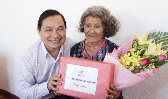 Nguyễn Văn Hợp, Chủ tịch, kiêm Tổng Giám đốc EVN SPC mong muốn xây thật nhiều nhà tình nghĩa cho người nghèo.
