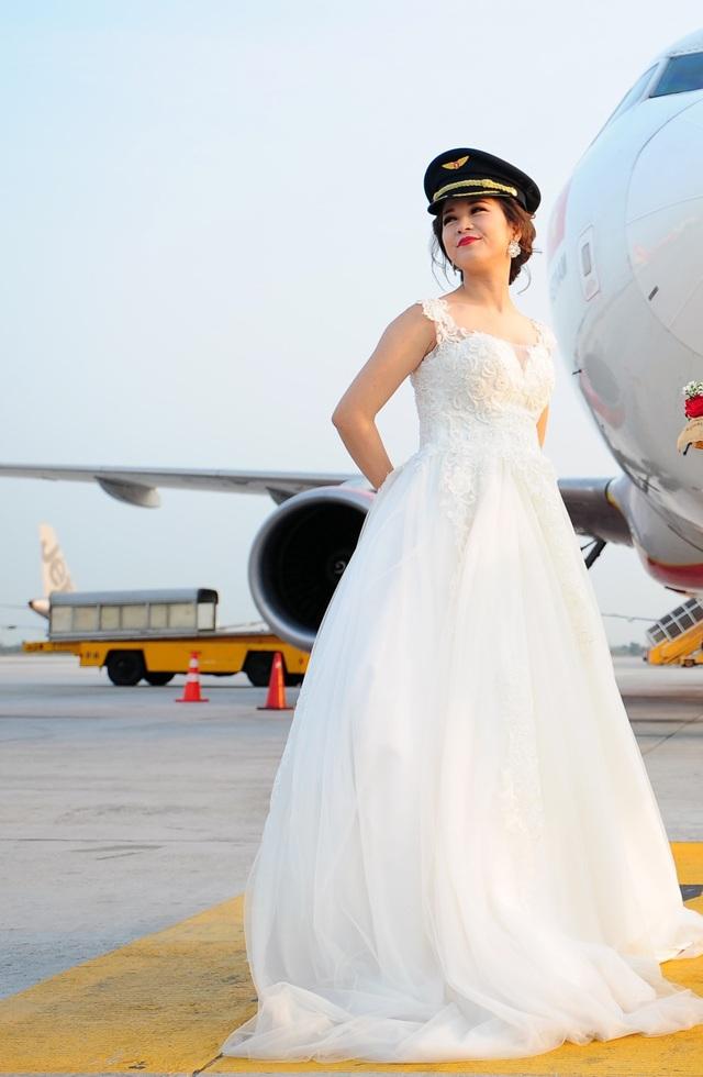 Đám cưới như mơ của nữ phi công