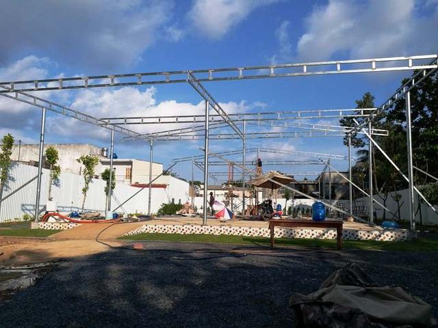 Quán bún bò mới được xây dựng trên mảnh đất rộng rãi hơn ở hẻm 45 đường Cao Lỗ (phường 4, quận 8 ).