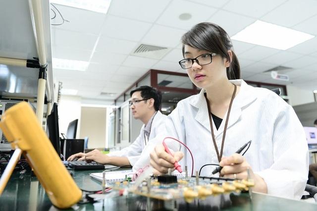 Thủ tướng Chính phủ vừa đồng ý về mặt chủ trương cho Bộ TT&TT thành lập Cục Công nghiệp ICT để thúc đẩy sản xuất thiết bị đầu cuối, thiết bị mạng lưới Made in Việt Nam.