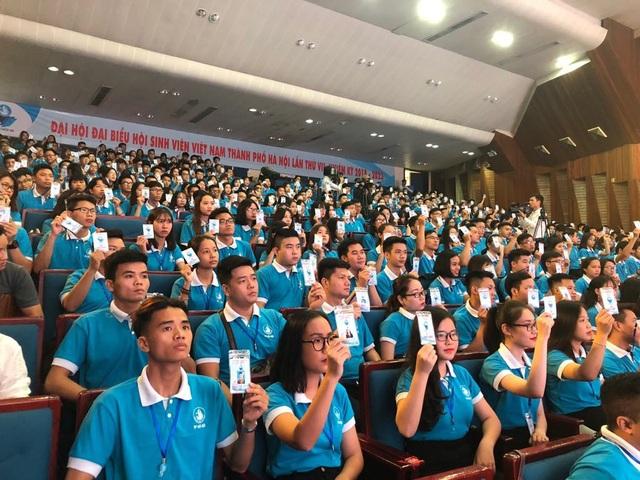 Các đại biểu đã hiệp thương bầu BCH Hội Sinh viên TP Hà Nội khóa VII
