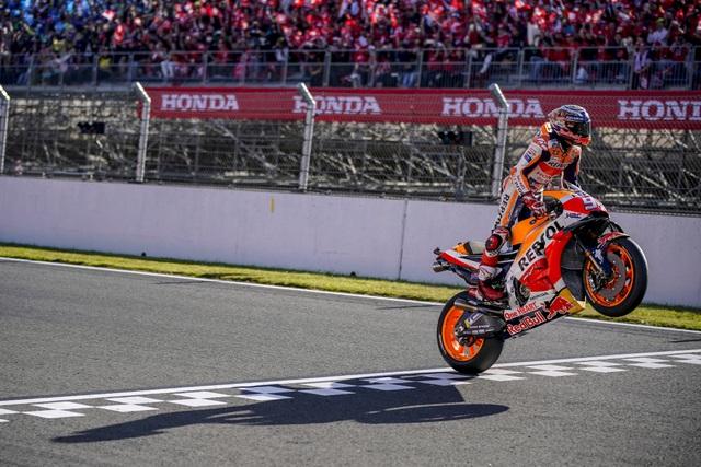 Marc Marquez trên con đường trở thành kỷ lục gia của MotoGP - 5