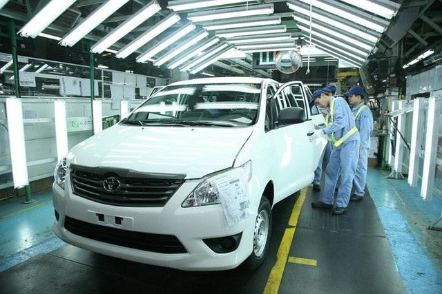 Giá xe ô tô vẫn ngoài tầm với của đại đa số người dân Việt Nam.