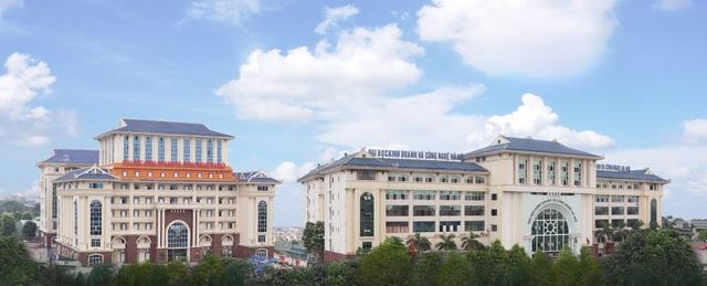 ĐH Kinh doanh và Công nghệ Hà Nội tổ chức tuyển sinh nhiều đợt trong năm.