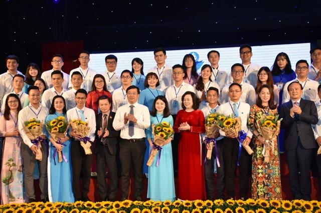 Ra mắt Ban hấp hành Hội Sinh viên thành phố Hà Nội khoá VII (Ảnh: Vương Đức)