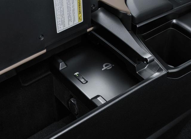 Lexus ES thế hệ mới ra mắt tại Nhật không có gương cửa - 13