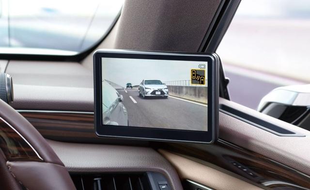 Lexus ES thế hệ mới ra mắt tại Nhật không có gương cửa - 6