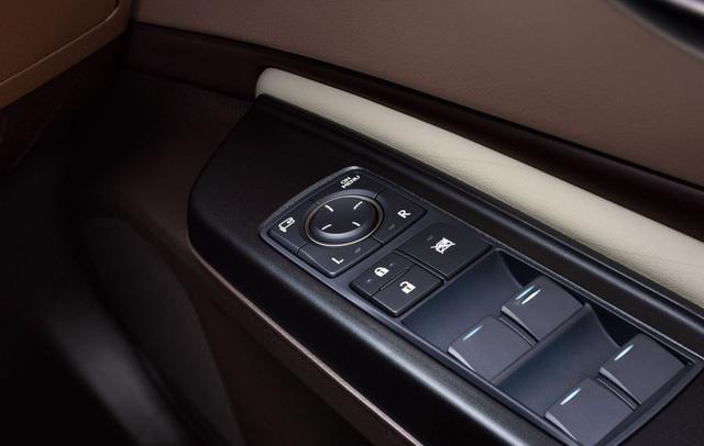 Lexus ES thế hệ mới ra mắt tại Nhật không có gương cửa - 10