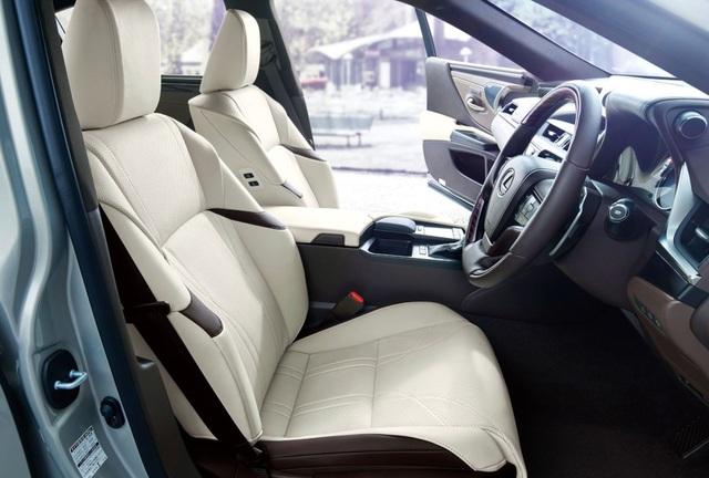Lexus ES thế hệ mới ra mắt tại Nhật không có gương cửa - 9