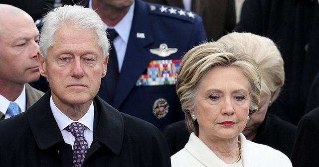 Cựu Tổng thống Bill Clinton và phu nhân Hillary (Ảnh: Getty)