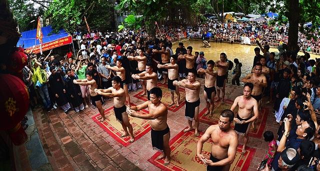 Lễ hội Cầu nước đoạt HCV Ảnh nghệ thuật Việt Nam 2018 - 4