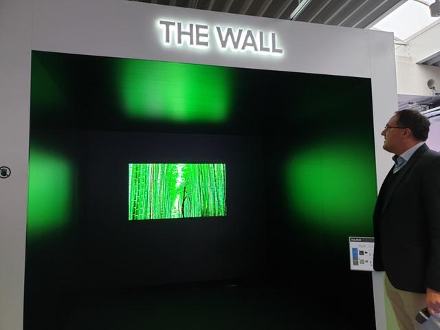 Gian trưng bày màn hình The Wall tại sự kiện Samsung LED 2018.