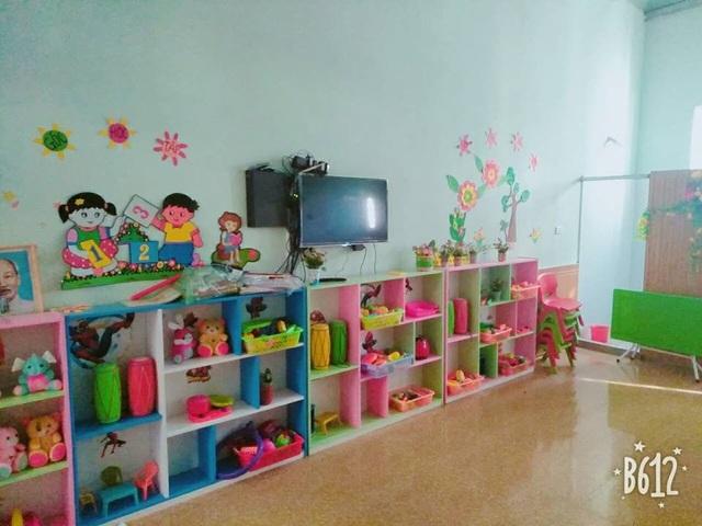 Phòng ốc với đầy đủ trang thiết bị hiện đại và các dụng cụ học tập thực tế.