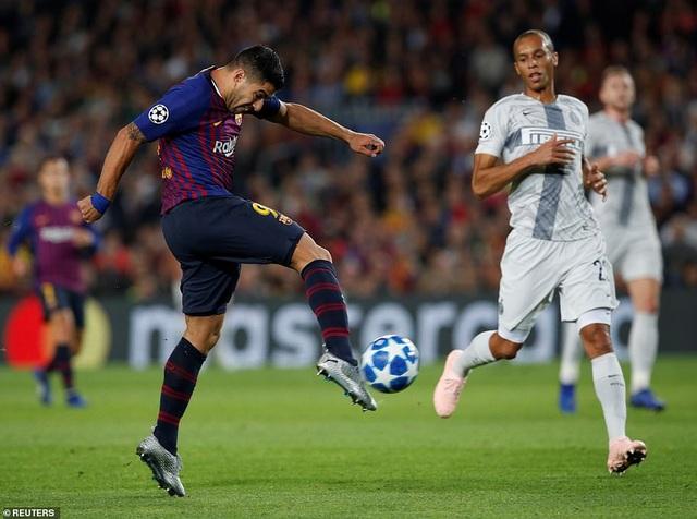 Luis Suarez đã có một trận đấu tròn vai