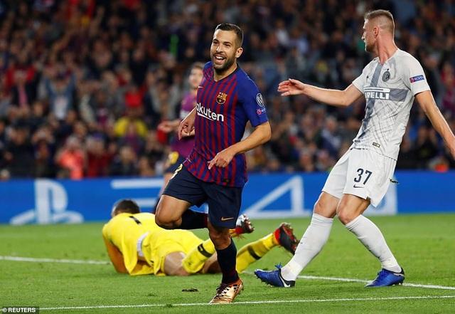 Barcelona luôn giữ được sự ổn định ở vòng bảng Champions League