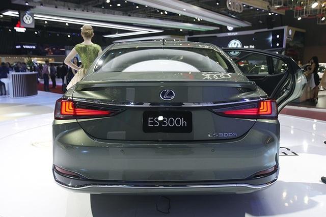 Đẳng cấp Lexus gây ấn tượng mạnh tại Triển lãm Ôtô Việt Nam 2018 - 6