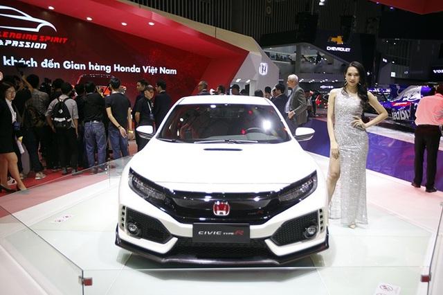 """Từ xe đua F1 đến """"tí hon"""" Brio - Honda mang """"cả thế giới"""" đến Vietnam Motor Show 2018 - 1"""