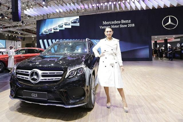 Gian hàng lớn nhất Triển lãm ô tô Việt Nam 2018 có gì hấp dẫn? - 13
