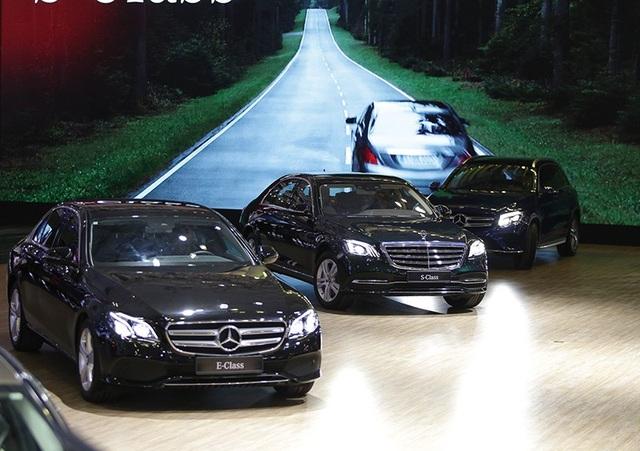 Gian hàng lớn nhất Triển lãm ô tô Việt Nam 2018 có gì hấp dẫn? - 6