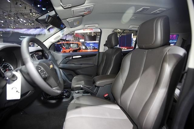Perfect Black - Gói phụ kiện cá tính cho Chevrolet Trailblazer - 7