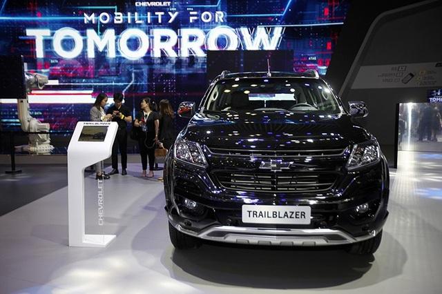 Perfect Black - Gói phụ kiện cá tính cho Chevrolet Trailblazer - 1