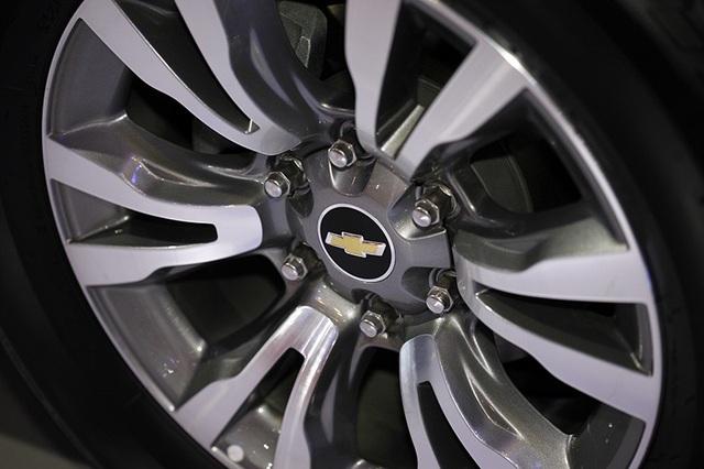 Perfect Black - Gói phụ kiện cá tính cho Chevrolet Trailblazer - 5