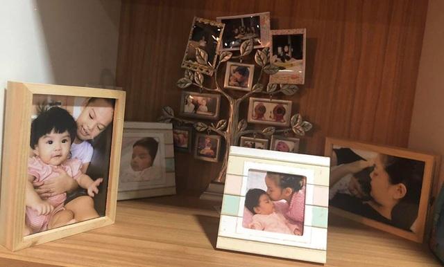 Hình ảnh hai cô con gái được Phạm Quỳnh Anh chia sẻ trong dòng trạng thái. Hai con chính là điều mà Phạm Quỳnh Anh và Quang Huy quan tâm hiện nay sau khi cuộc hôn nhân cả hai đã viết dấu chấm hết.