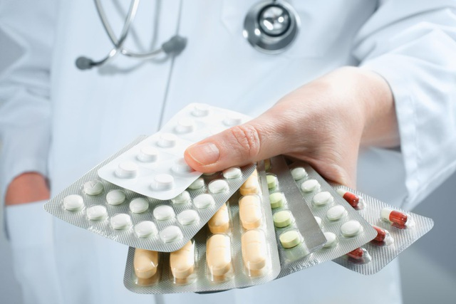 Viêm loét dạ dày do vi khuẩn HP: vì đâu chữa mãi không khỏi? - Ảnh 1.