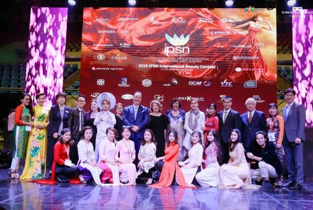 Một mùa giải vô cùng thành công của đoàn Việt Nam nói chung và Hệ thống đào tạo thẩm mỹ Hàn Quốc Poly K-Beauty nói riêng tại 2018 IPSN International Beauty Contest. Trong kỳ thi năm tới tại New Zealand, đoàn sẽ tiếp tục nỗ lực hết sức để mang vinh quang về cho tổ quốc.