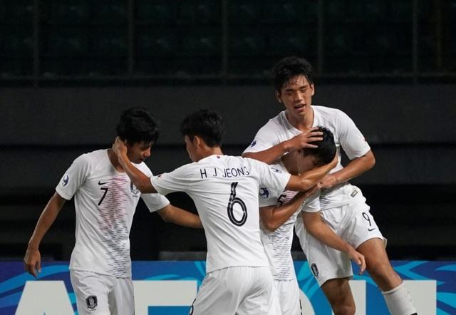 U19 Hàn Quốc giành vé vào tứ kết với ngôi đầu bảng C