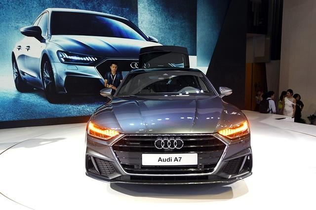 Thế hệ thứ 2 của A7 Sportback chính là đại diện cho ngôn ngữ thiết kế mới của Audi và là mẫu tiên phong trong thiết kế cho những dòng xe khác của Audi.