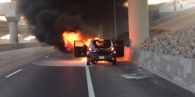 Vẫn chưa có kết luận về hàng trăm vụ cháy xe Hyundai và Kia - 1