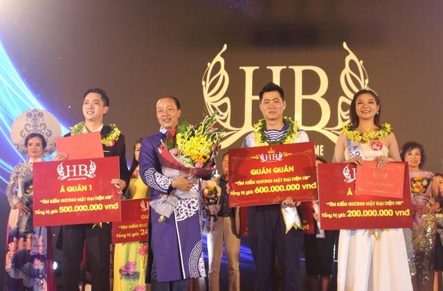 Ba thí sinh xuất sắc nhất cuộc thi giọng ca vàng - Tìm kiếm gương mặt đại diện HB.