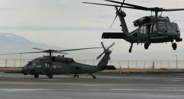 Trực thăng bay huấn luyện tại căn cứ Keflavik của Mỹ ở Iceland. (Ảnh: Sputnik)
