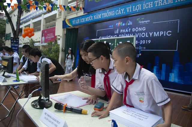 Ứng dụng công nghệ mới nhất vào cuộc thi Toán học và Vật lý trên Internet năm học 2018 - 2019