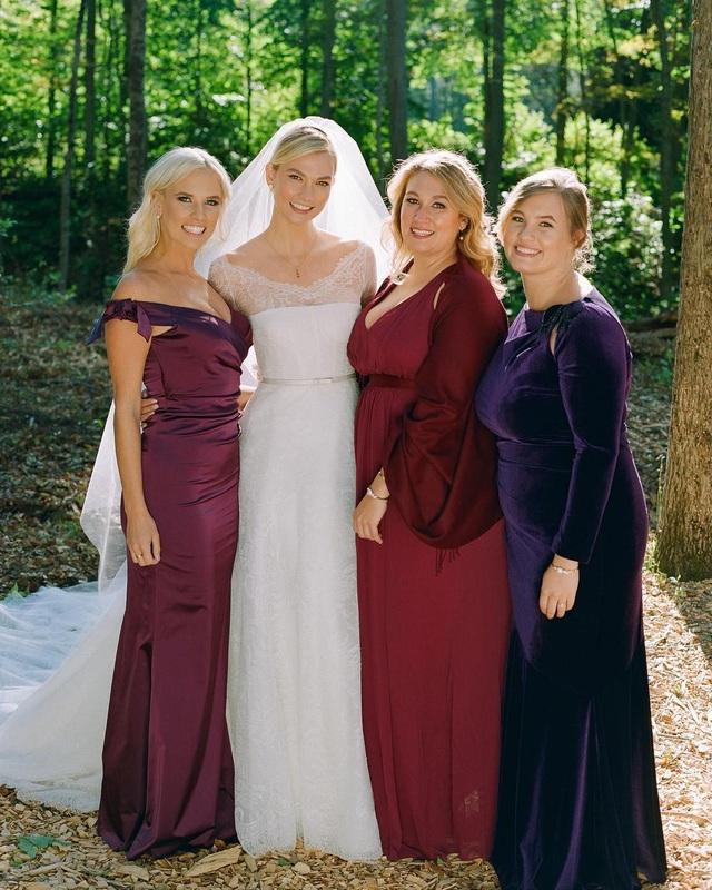 Karlies Kloss rạng rỡ trong đám cưới diễn ra tại New York ngày 18/10 vừa qua