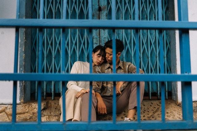 Bộ ảnh đầy cảm xúc nơi khu nhà cũ của cặp đôi yêu từ cái nhìn đầu tiên - 10