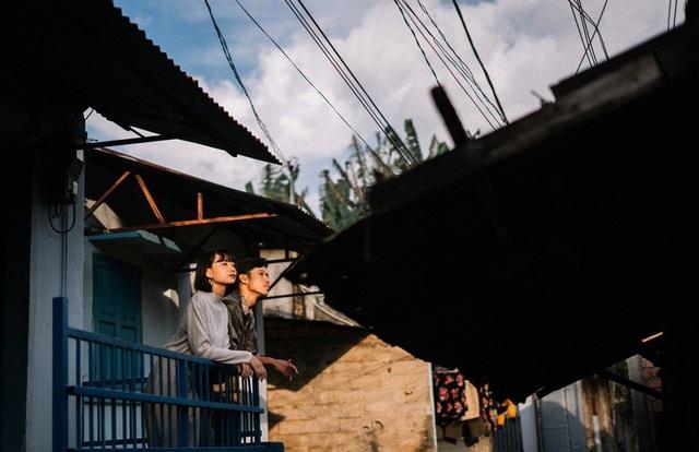 Cả Huy Khang và Băng Dung đều dành niềm đam mê mãnh liệt với du lịch, bởi thế hễ cứ có thời gian rảnh rỗi cả hai lại dắt tay nhau khám phá đây đó. Đến giờ khi được hỏi cặp đôi đã ghi dấu tình yêu ở bao nhiêu nơi, Dung và Khang thành thật thú nhận, vì đi nhiều quá nên không nhớ nổi.