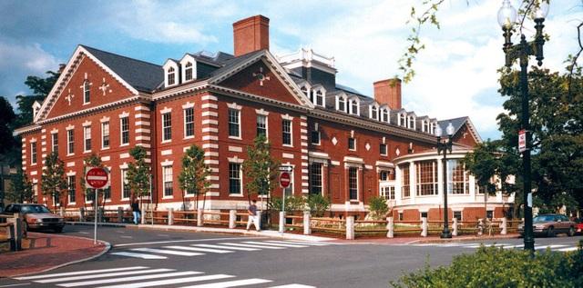 Đại học Harvard, Mỹ.