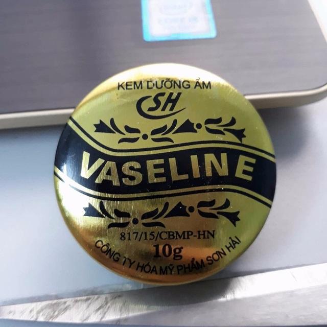Đình chỉ lưu hành 1 loại kem dưỡng ẩm Vaseline - Ảnh 1.