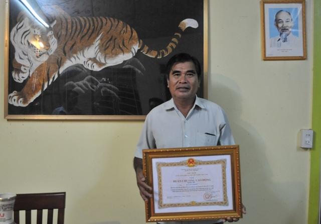 Ngày 18/9/2017, nông dân Nguyễn Lợi Đức vinh dự nhận Huân chương Lao động hạng Ba của Chủ tịch nước Cộng hòa Xã hội chủ nghĩa Việt Nam