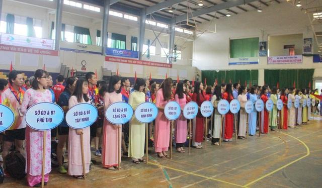 Giải bóng bàn Người giáo viên nhân dân 2018 vừa khai mạc tại Đà Nẵng