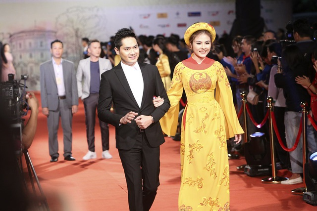 Vân Trang - Minh Luân.