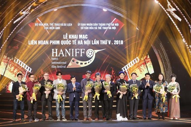 Thiếu vắng nhiều biểu tượng điện ảnh Việt trong đêm khai mạc LHP Quốc tế Hà Nội - 8