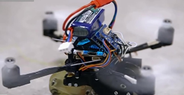 FlyCroTugs – loại robot mới đang được chuyên gia tại Đại học Stanford phát triển được kì vọng sẽ hỗ trợ cho công tác cứu nạn trong tương lai.