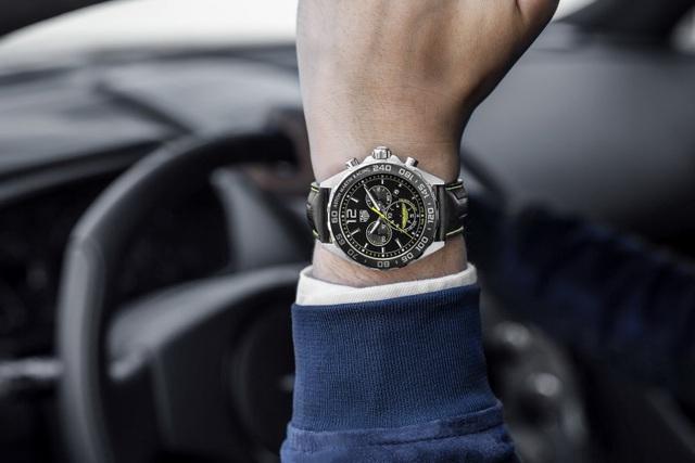 Chiêm ngưỡng tuyệt phẩm đồng hồ Tag Heuer mới làm cho chủ xe Aston Martin - 12