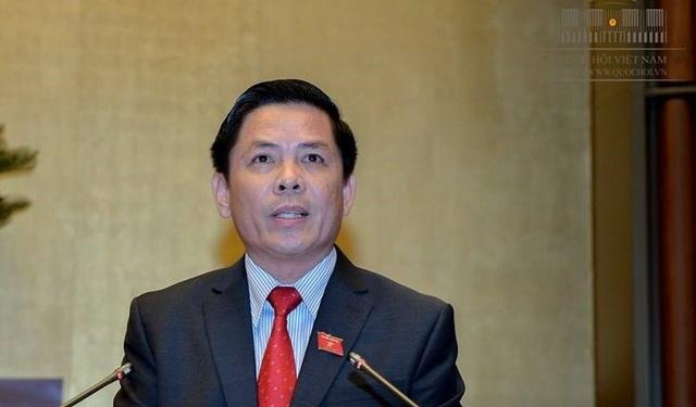 Bộ trưởng Giao thông Vận tải báo cáo Quốc hội về tiến độ một số dự án giao thông trọng điểm.