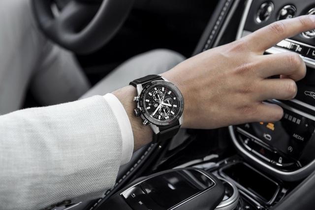 Chiêm ngưỡng tuyệt phẩm đồng hồ Tag Heuer mới làm cho chủ xe Aston Martin - 11