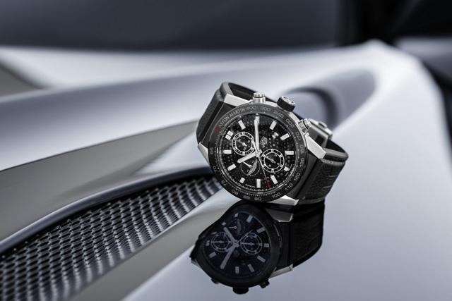 Chiêm ngưỡng tuyệt phẩm đồng hồ Tag Heuer mới làm cho chủ xe Aston Martin - 9